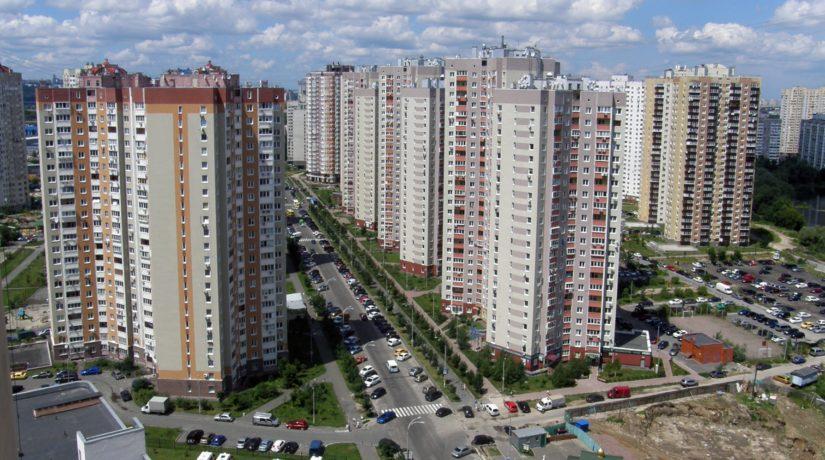 У жителей домов на Урловской незаконно отобрали техэтажи