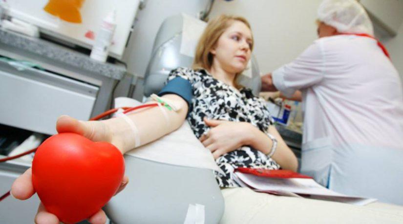Киевлян призывают сдать кровь в День святого Валентина