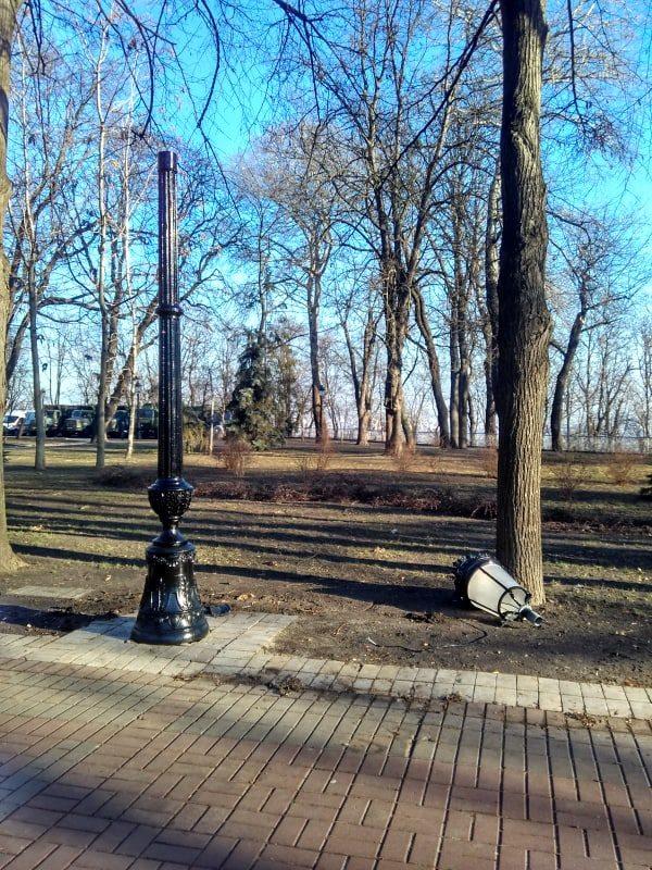 Мариинский парк, фонари, замена