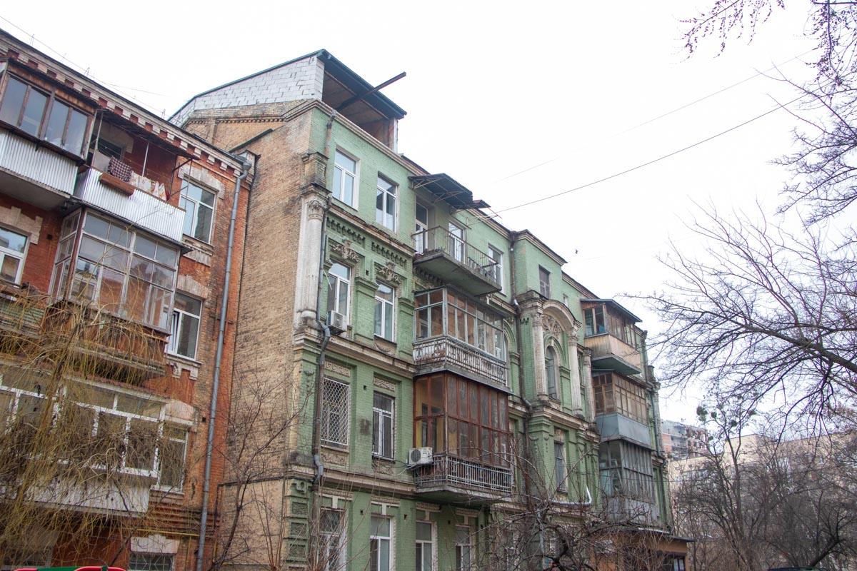 Надстройка Саксаганского