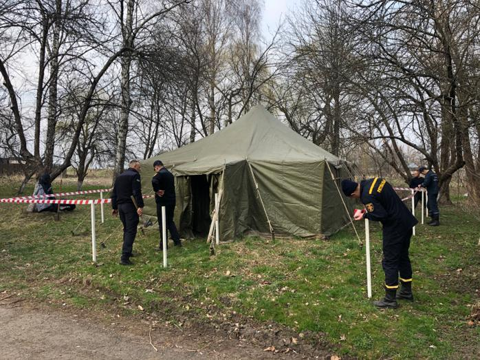 коронавирус, палатка, сортировка