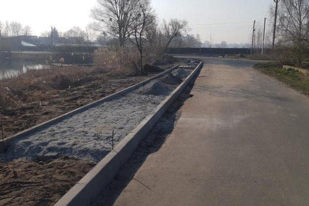 В Гостомеле завершают строительство новой набережной