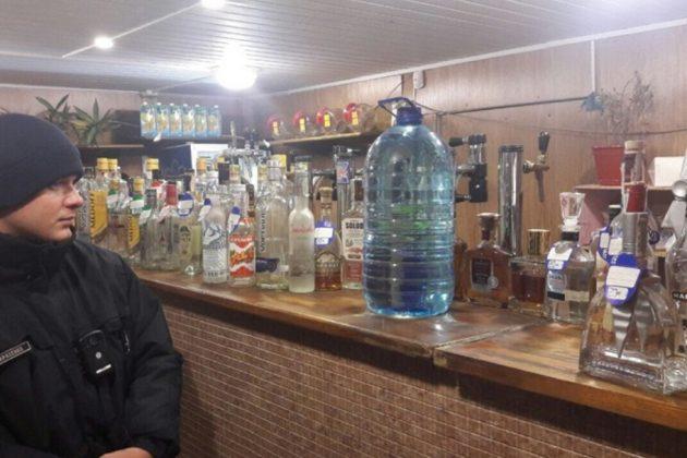 На карантине в Киеве работали 54 «наливайки»