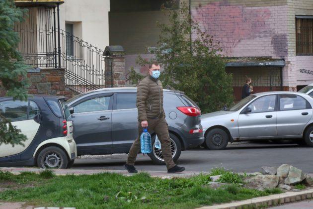 Що змінилося для українців з 1 жовтня: штрафи для водіїв і призов до армії