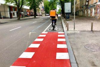 Як виглядає нова велосмуга у центрі Києва