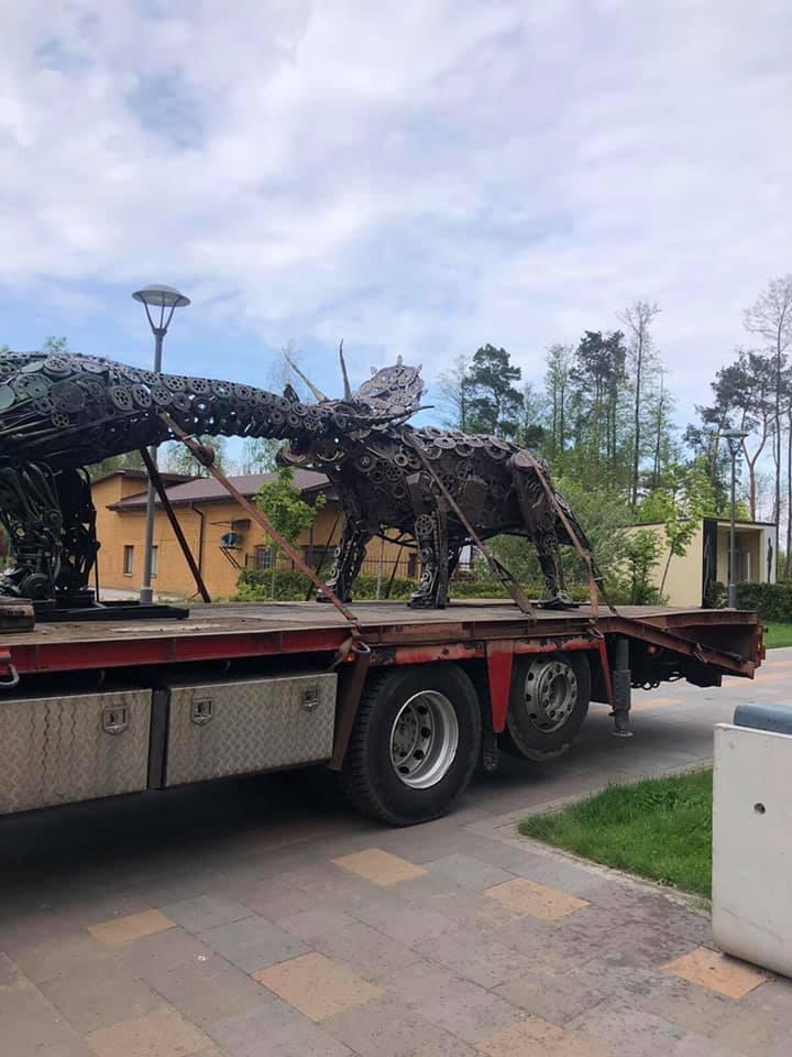 металеві динозаври, скульптури, Буча, парк