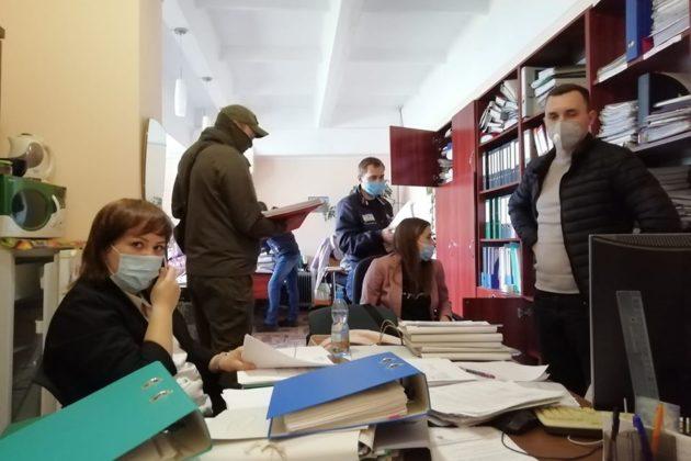 У Довженко-центрі проходять обшуки. Кажуть, це не пов'язано із сьогоднішньою заявою