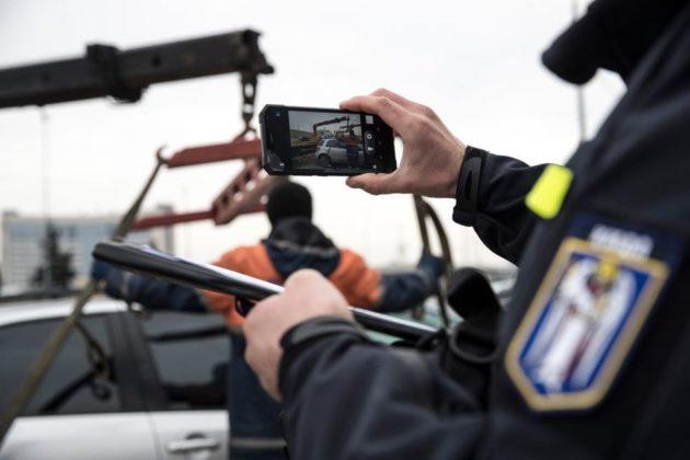 8,5 тис. евакуйованих авто і 4,6 млн грн штрафів. Як карали водіїв-порушників на карантині
