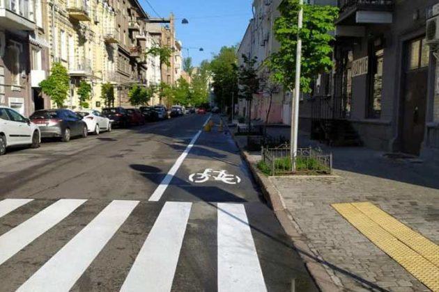 Нова велодоріжка з'єднає Володимирську з Львівською площею