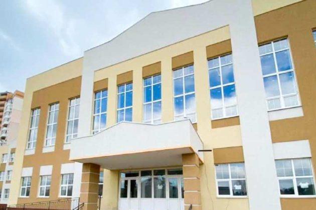 У Бучі – відкривається нова школа, у Вишгороді – з'явиться дитсадок