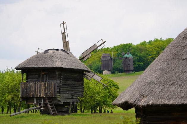 """""""Прихватизація"""" скасовується: музею """"Пирогово"""" повернули понад 43 га землі"""