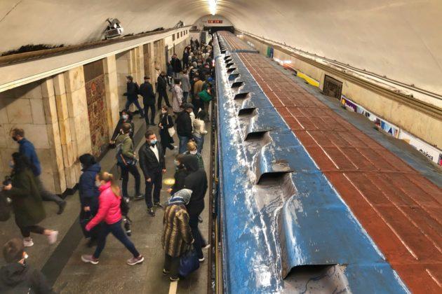 Ввечері плануються зміни в роботі метро