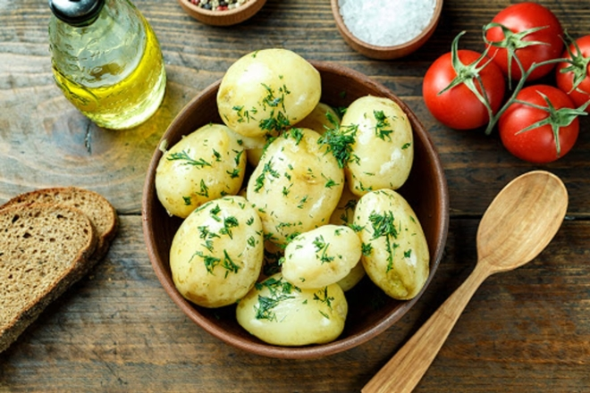 Як правильно купити і приготувати молоду картоплю – поради експертів