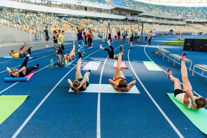"""НСК """"Олімпійський"""" відкривається для безкоштовних тренувань"""