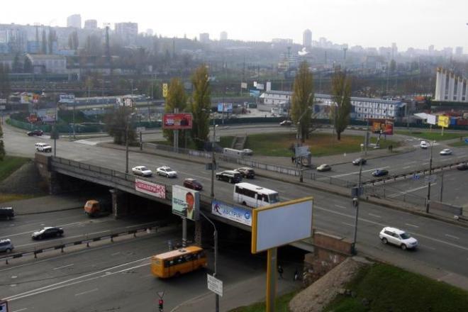 Чекайте заторів. Ще один шляхопровід Києва починають ремонтувати