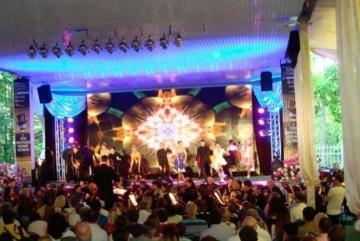 Безкоштовні вистави покажуть у літньому театрі Бучі (ПРОГРАМА)