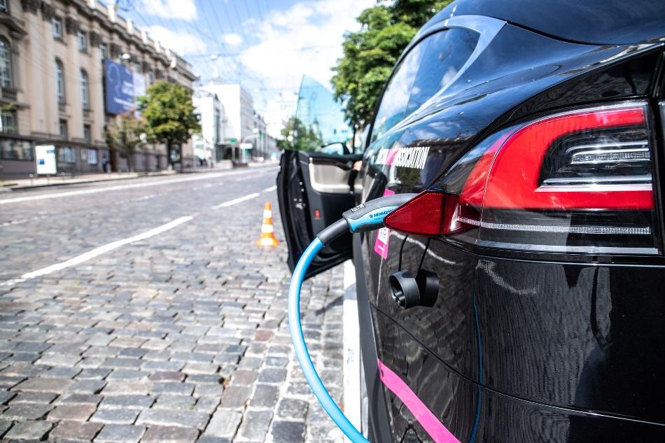Зарядка электромобилей Киев