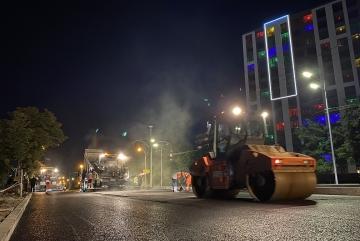 Капремонт проспекту Гузара завершують серією нічних асфальтувань