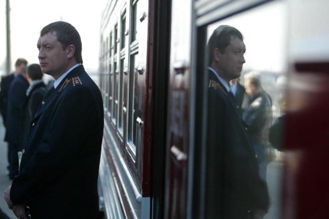 Через посилення карантину зміниться курсування 17 поїздів