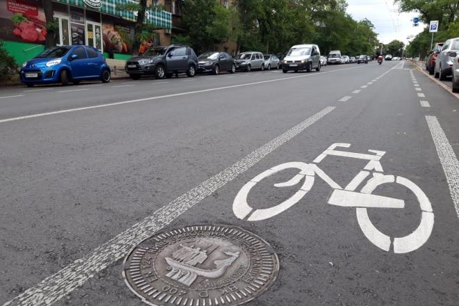 Нові велосмуги, парковки та схеми руху – зміни на вулицях Бастіонній і Стрілецькій