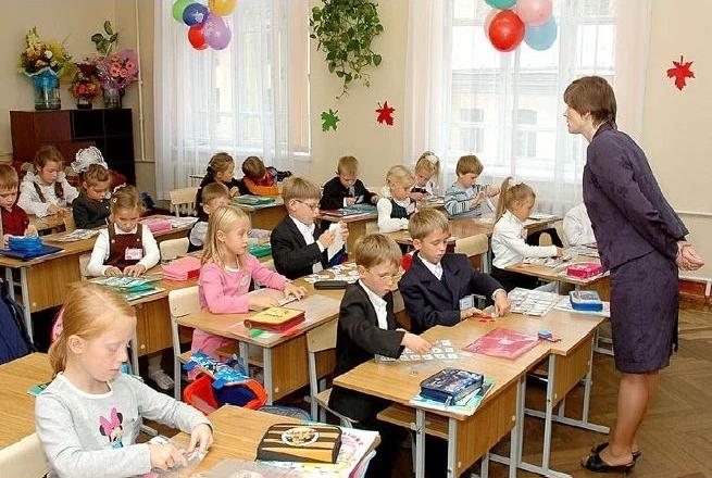 У київських школах вже не вистачає місць. Леонід Ємець озвучив вражаючі цифри