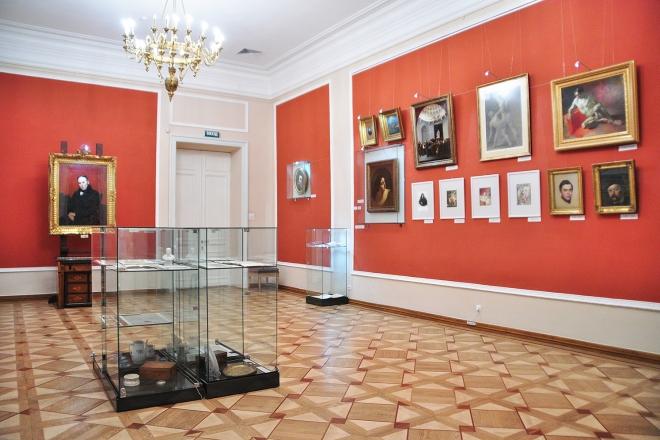 Безкоштовний відео гід. Що цікавого можна побачити в Національному музеї Тараса Шевченка