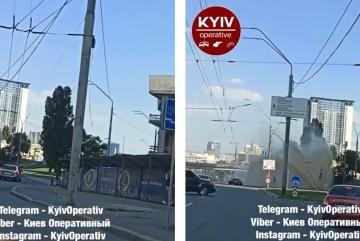 Київські фонтани вже не ті. Бруд заливає проспект Перемоги