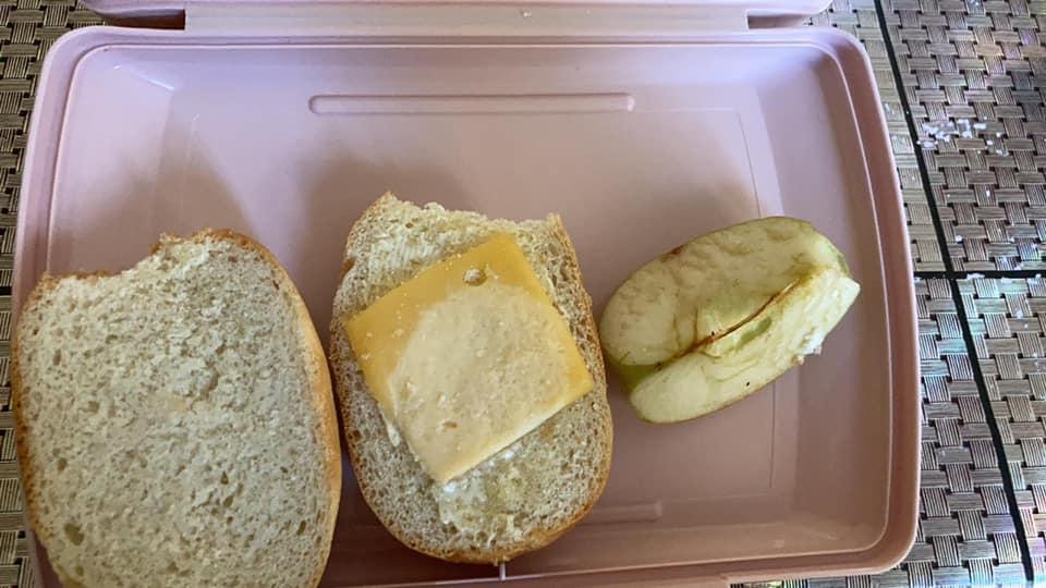 шкільний сніданок ужас