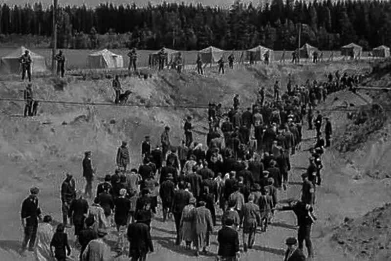 Бабин Яр — розстріли у бабиному Яру — Голокост — Шоа — Окупація Києва