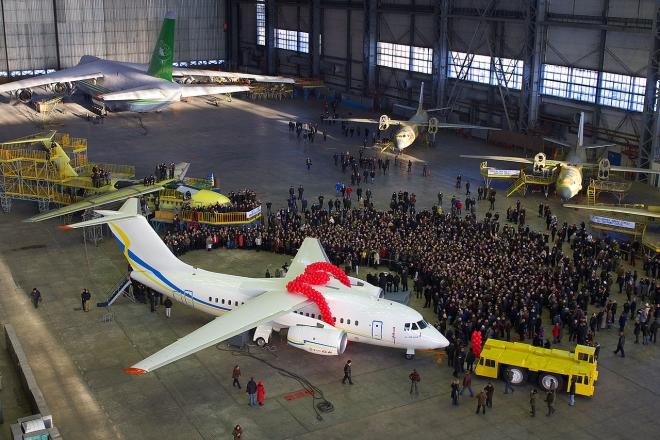 Святкують 100 років. Топ найвідоміших літаків Київського авіаційного заводу (ФОТО)