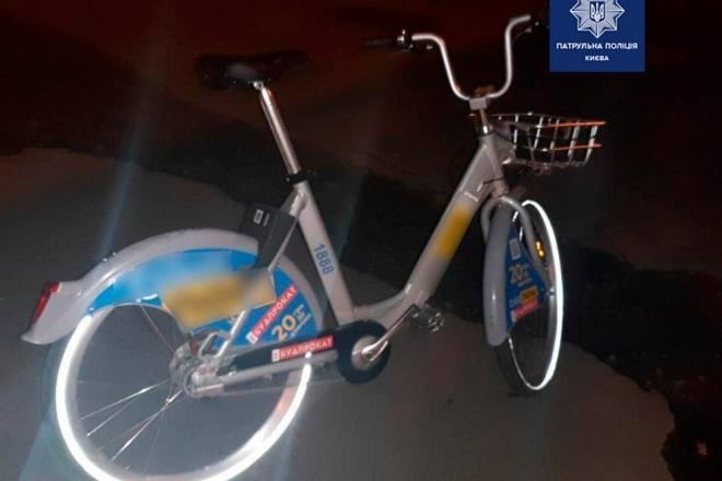 В Києві спіймали крадія прокатних велосипедів