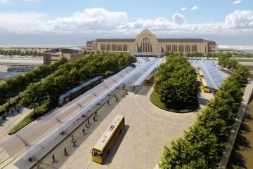 Зручною та зеленою може бути Вокзальна Площа. Якою ще? (ФОТО)