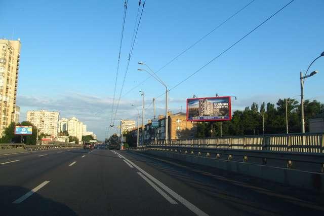 На шляхопроводі біля метро «Святошин» обмежують рух до понеділка