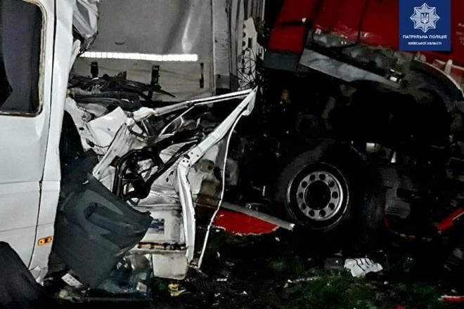 5 загиблих та 20 травмованих. Страшна ДТП на дорозі Київ – Харків – Довжанський