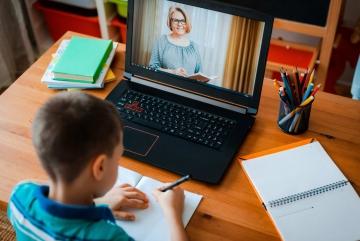 Червоні зони на Київщині: як навчатимуться школярі після канікул