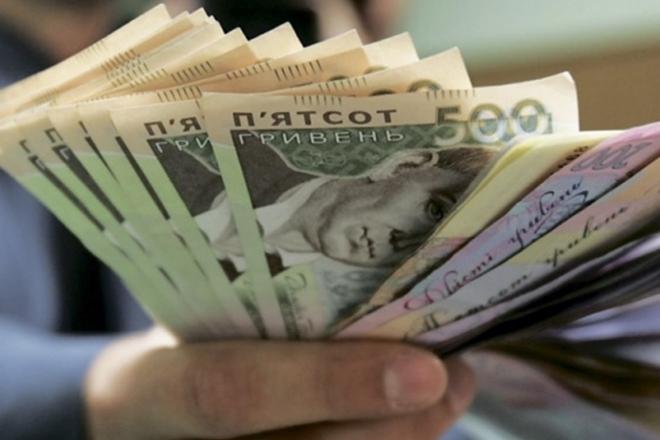 """За """"нормальний"""" акт податкової перевірки інспектор отримав понад 400 тис грн"""