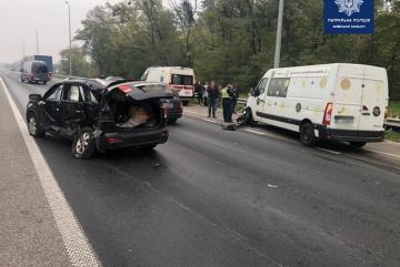 На трасі Київ – Чоп трапилась ДТП із 12 потерпілими