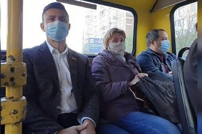 Тищенко закликав Шмигаля обмежити на вихідних роботу транспорту