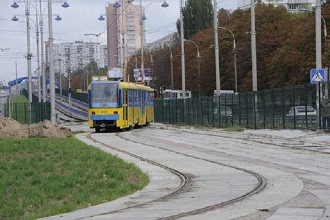 На Троєщині відремонтують трамвайну колію. Майже за мільярд грн
