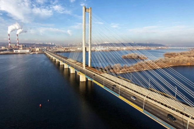 Частково обмежать рух Південним мостом із завтрашнього дня