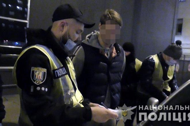 У Києві в громадянина РФ вилучили 5 кг кокаїну (ВІДЕО)