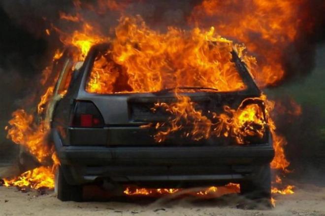 Три автівки за добу. Наскільки швидко вогнеборці реагують на пожежу