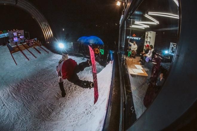 «Дабл Тріпл Snow Fest 2020» у Києві: як виступили українські екстремали