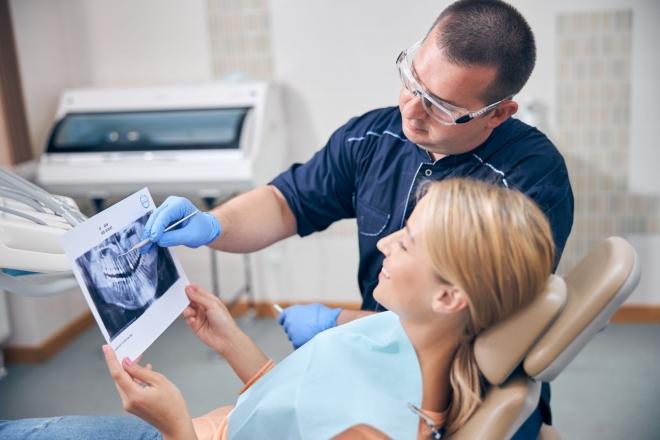 Сучасна стоматологія: як обрати свою клініку