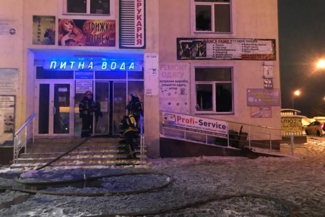 У торговому центрі на Троєщині горіла кімната охорони, є загиблий