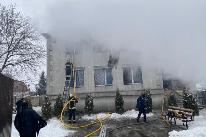 Страшна пожежа в будинку для літніх людей: 15 загиблих, скликають засідання Уряду