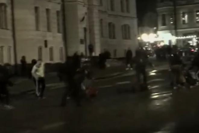 На Подолі побили двох чоловіків за нетрадиційну орієнтацію (ВІДЕО)