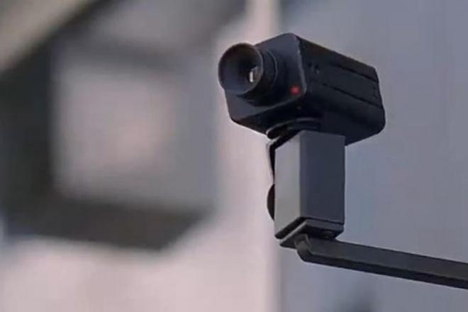 """УЗ встановить """"червону кнопку"""" та відеокамери в приміських поїздах"""