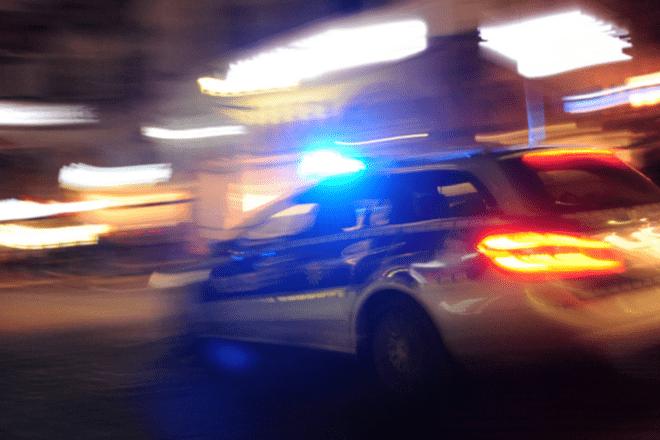 """Справжній """"бойовик"""" на вулицях столиці: 7 патрульних машин проти автовикрадача (ВІДЕО)"""