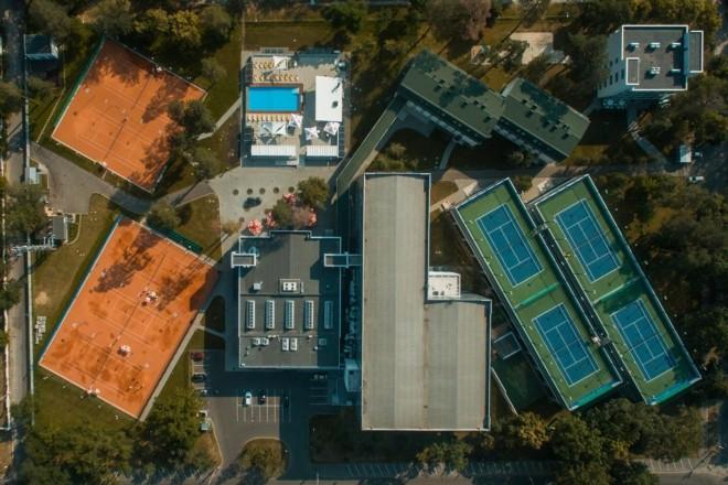 Боротьба за Пущу-Водицю: місцева громада та тенісна школа домовились про меморандум